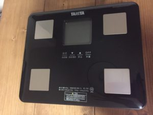 タニタの体重計